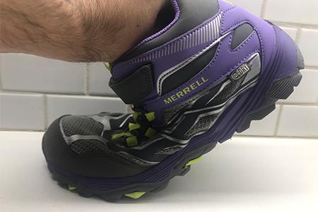 lightweight-hiking-boot-for-kids