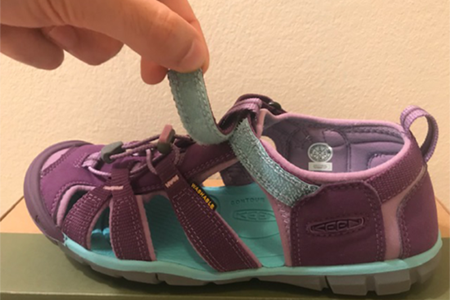 kids'-sandal-with-velcro