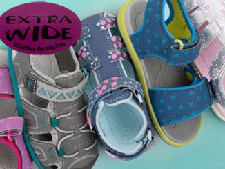 sandals-for-extra-wide-feet