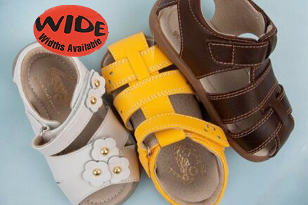 wide-sandals-for-kids