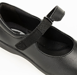Mary-jane-shoes-with-velcro-straps