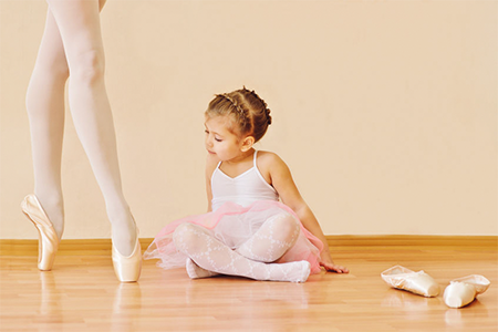 best-ballet-shoes-for-girls-with-narrow-feet