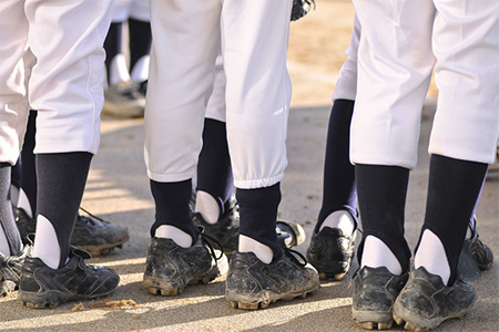 baseball-cleats-for-kids-with-wide-feet