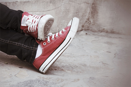 red-converse-shoes-for-kids