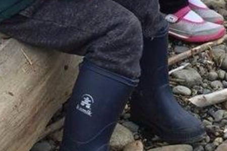 tucked-pants-when-wearing-rain-boots